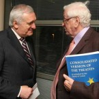 Former Taoisigh Bertie AHern and Garret Fitzgerald meet for a UCD Law Society debate on the Lisbon Treaty in 2009. (James Horan/Photocall Ireland)