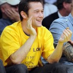 Inception star Joseph Gordon-Levitt applauds.