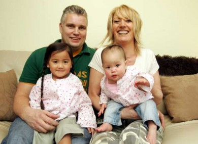 Derek and Ursula Hickey who adopted Mia (left) and Abi from Vietnam (File photo, 2005)