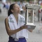 Catriona Jennings celebrates winning the Flora womens mini Marathon for Charities in Dublin.