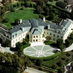 Spelling Mansion, LA - €60million. Built in 1990 by Dynasty producer Aaron Spelling, it has parking for 100 cars. (AP Photo/Mark J. Terrill, File)