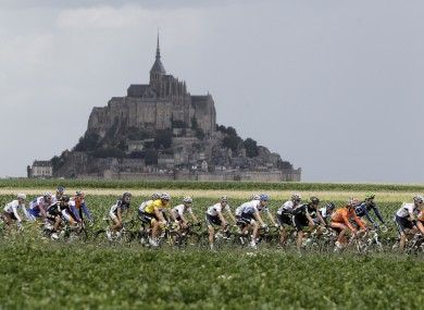 The pack passes world heritage site Mont Saint Michel. 