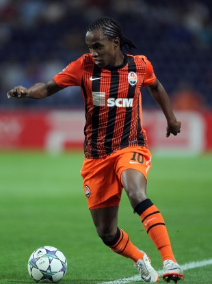 Willian in action for Shakhtar in the Champions League this season.