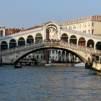 The instantly recognisable Rialto bridge is usually thronged with tourists. It is the oldest bridge crossing the canal and was completed in 1591. Taken by <a href=