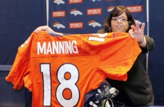 It's official: Manning signs for Denver Broncos