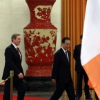 Chinese Premier Wen Jiabao and Enda Kenny walk together before inspecting a Guard of Honor contingent during a welcome ceremony at the Great Hall of the People in Beijing, China today (AP Photo/Ng Han Guan)