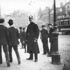 DMP Constable in Dublin city centre, 1910.