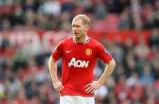 It's official: Scholes signs one-year contract extension with United