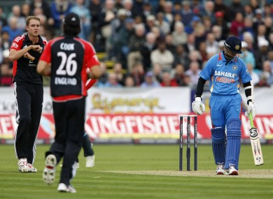 Rahul Dravid is given not out during a ODI last year, Stuart Broad asks for a review.