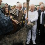 Michael Carruth meets re-enactors from the Tain March with their Irish Wolfhound