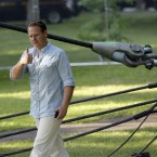 Nik Wallenda greets fans before the walk (AP Photo/David Duprey)