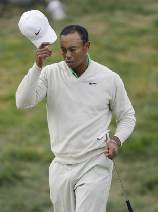 Tiger Woods walks off the 18th hole during the third round of the US Open.