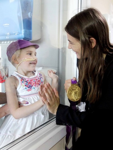 In pictures: Golden girl Katie Taylor visits Crumlin Children's Hospital