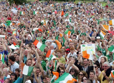 Fans watch the Katie Taylor fight in Bray