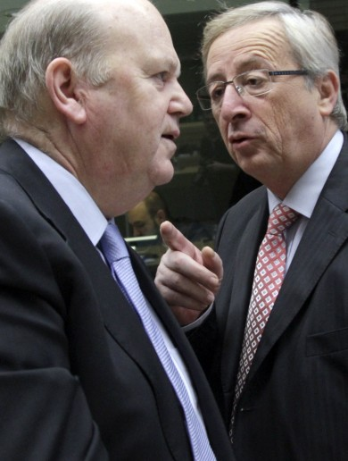 Jean-Claude Juncker is very angry and here are the pics to prove it