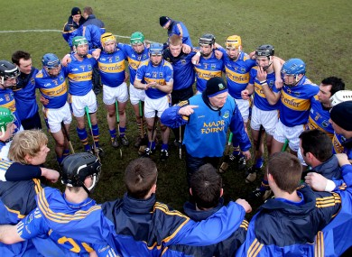 Eamonn O'Shea addressing the Tipperary players while coach to them in 2010.