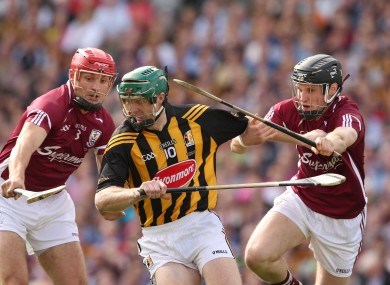 Henry Shefflin in action in the drawn All-Ireland final against Galway.
