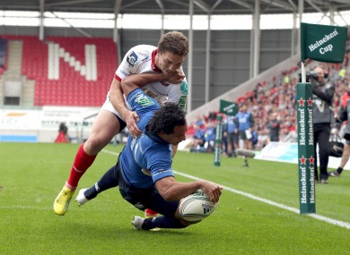 Isa Nacewa beats the tackle of George North to score Leinster's only try.