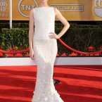 Glee's Jayma Mays wears white, for something different. (Photo by Jordan Strauss/Invision/AP)