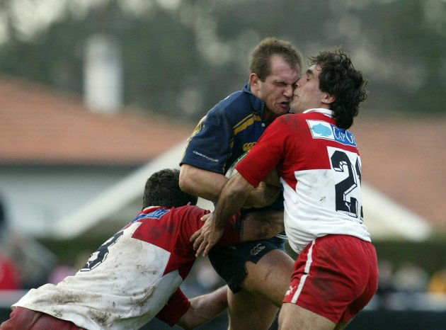 Keith Gleeson runs into trouble 31/1/2004