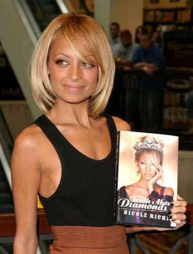Nicole Richie The Truth About Diamonds Book Signing