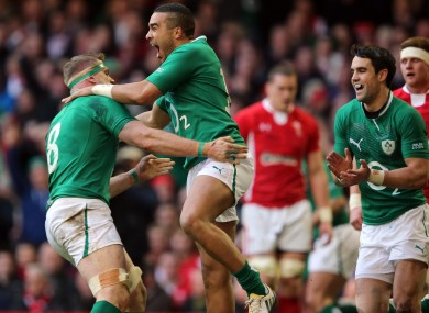 Simon Zebo celebrates his try with Jamie Heaslip.