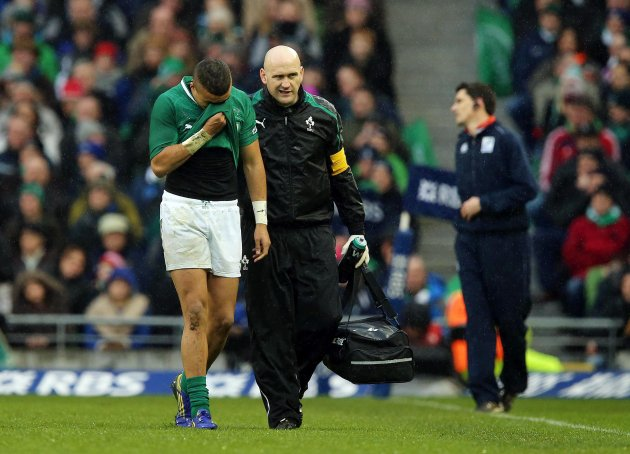 Simon Zebo goes off injured 10/2/2013