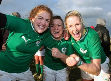 Fiona Coghlan, Lynne Cantwell and Joy Neville celebrate.