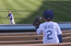 Baseball player makes young kid's day by playing catch with him