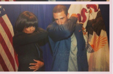 Colin Kaepernick teaches Michelle Obama the art of Kaepernicking